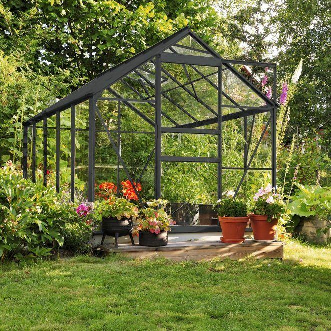 9 Idees Pour Preparer Le Jardin Pour Les Beaux Jours Serre Jardin Jardins Et Salon De Jardin Gifi