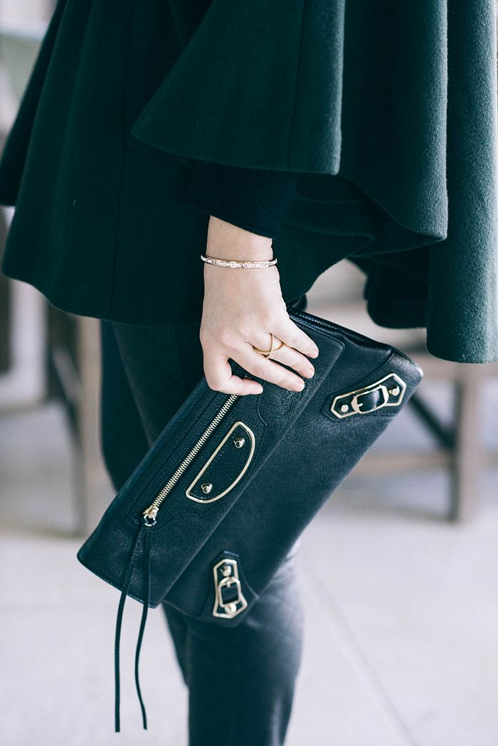 balenciaga clutch ~ i've died and gone to heaven! where do i find this?