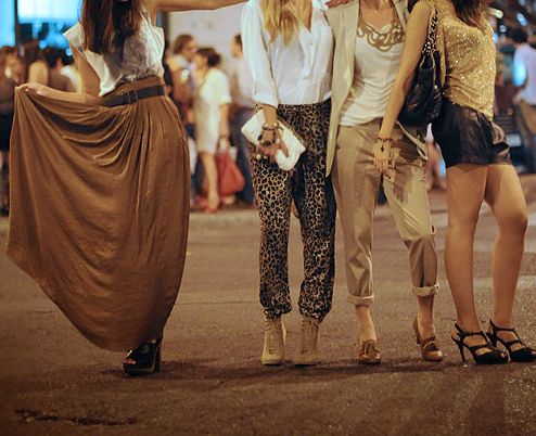 partyWarm Colors, Leopards Pants, Cities Chic, Girls Night, Vegas Outfit, Long Skirts, Summer Girls, Night Style, Maxis Skirts