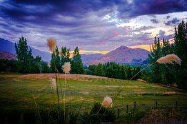 Arrowtown, New Zealand, Mountains