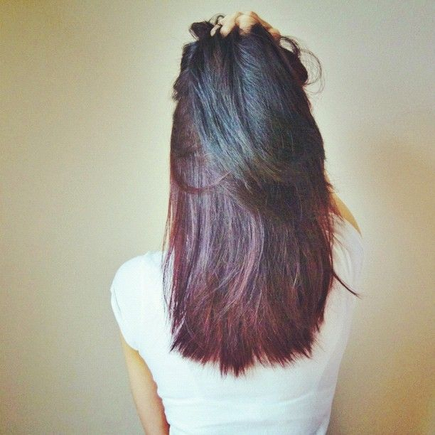 black - purple - red ombre  I WANT THIS HAIR!!! AWESOME!