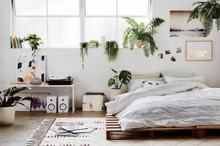Si te encantan las camas con PALETS, crea la tuya de esta forma tan fácil - Batanga
