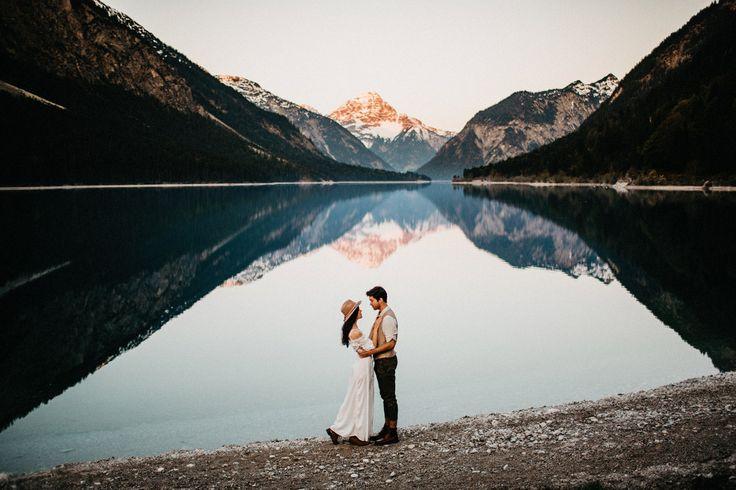 Austria Lake Elopement <3  www.coupleofprague.com
