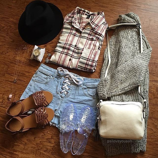 Good Check out the Sprubix app now Link in profile Repost forever Essentials psiloveyouaah shop link in bio flatlay ootd ootn
