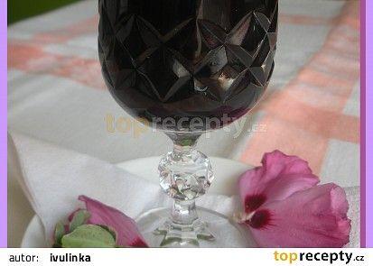 Kávový likér z bezinek recept - TopRecepty.cz