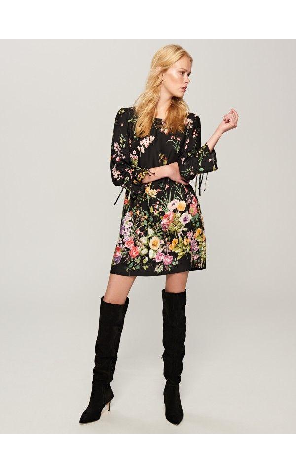Sukienka w kwiaty, Sukienki, czarny, RESERVED