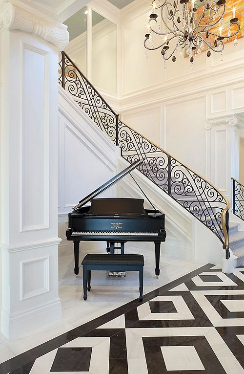 Design Class101: Design a black and white marble floor and wrought iron railing that blend together. Is this photo a worthy example... why or why not?:  sBjvpVAz.jpg - via: mareli72 - Imgend