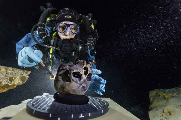 """Scientists have found what they are calling the """"oldest, most complete"""" human skeleton in the Western Hemisphere. They were found at the bottom of Mexico's Hoyo Negro, a large dome-shaped underwater cave on the Yucat�n Peninsula."""