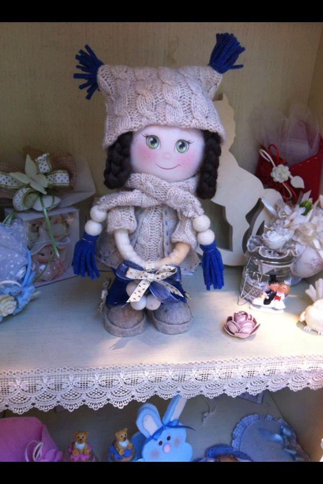 Una bambola interamente realizzata con il kit della Renkalik....