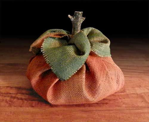 A simple, no-sew burlap pumpkin