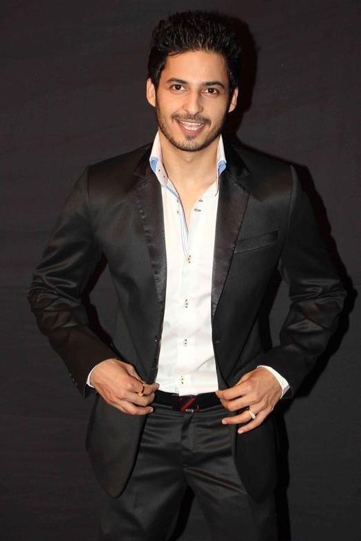 Mohit Malhotra Age, Weight, Height, Measurements - http://www.celebritysizes.com/mohit-malhotra-age-weight-height-measurements/