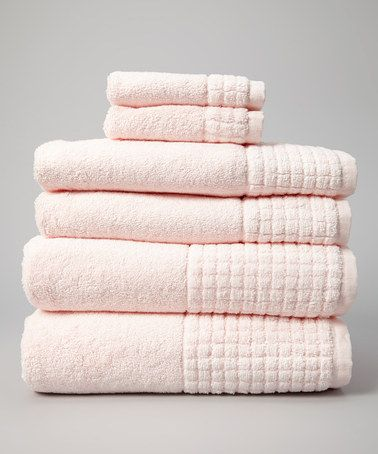 Bath towels. Best 25  Pink towels ideas on Pinterest   Pastel bathroom