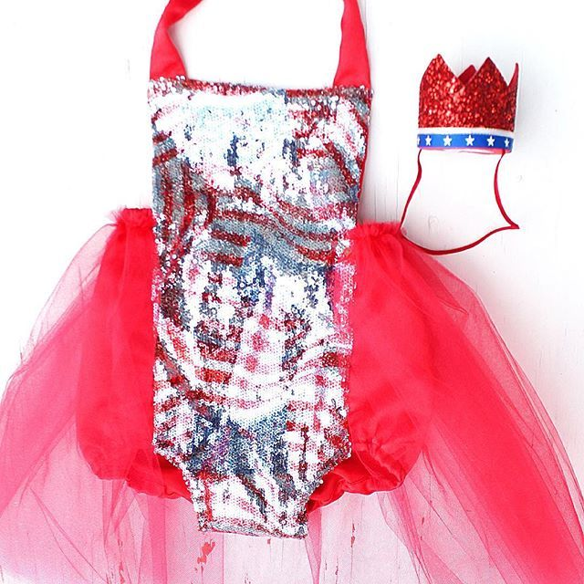 I love our new American Flag Sparkle Romper®️️️ and crown by @littleblueolive  Get your babe Memorial Day and July 4th ready wearing @bellethreads of course !! // BELLETHREADS.COM