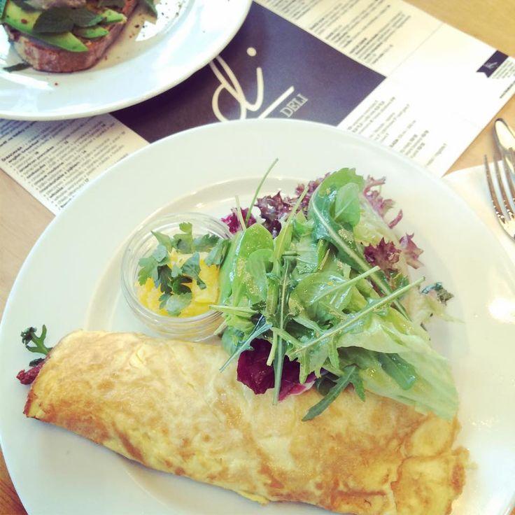 Dziś jemy w di Cafe Deli  https://www.facebook.com/di.cafedeli