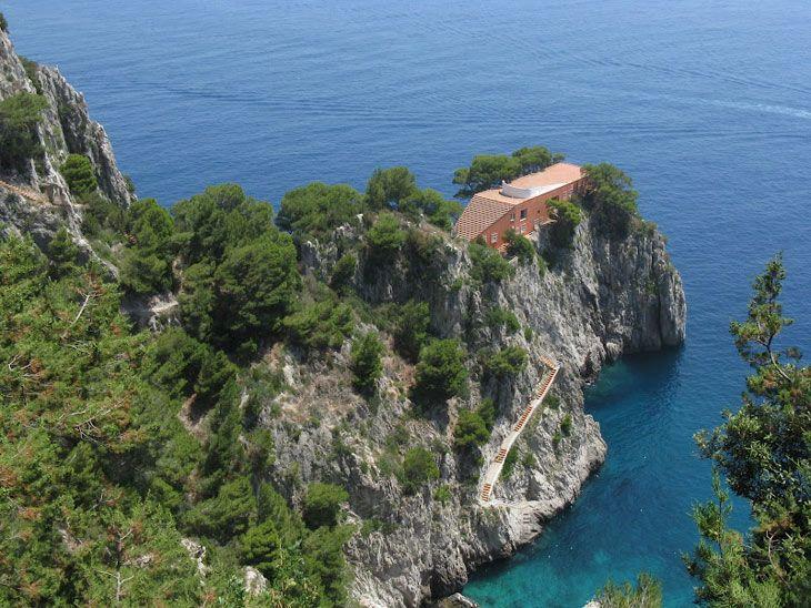 1_CASA_MALAPARTE__-Adalberto-Libera__&__Malaparte__Capri