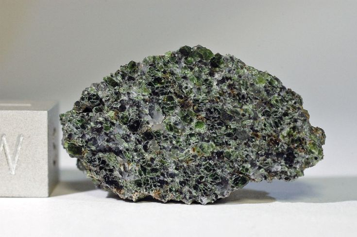 NWA 8409 5.48 grams.   Achondrite-ung Meteorite Picture of the Day from Tucson Meteorites