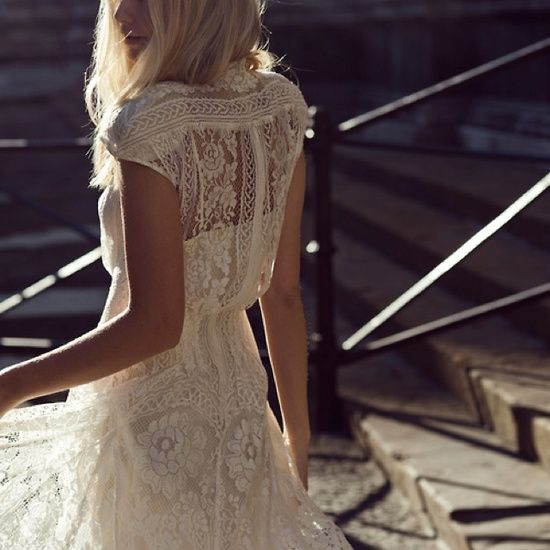 Definitely getting a bohemian style wedding dress LOVE