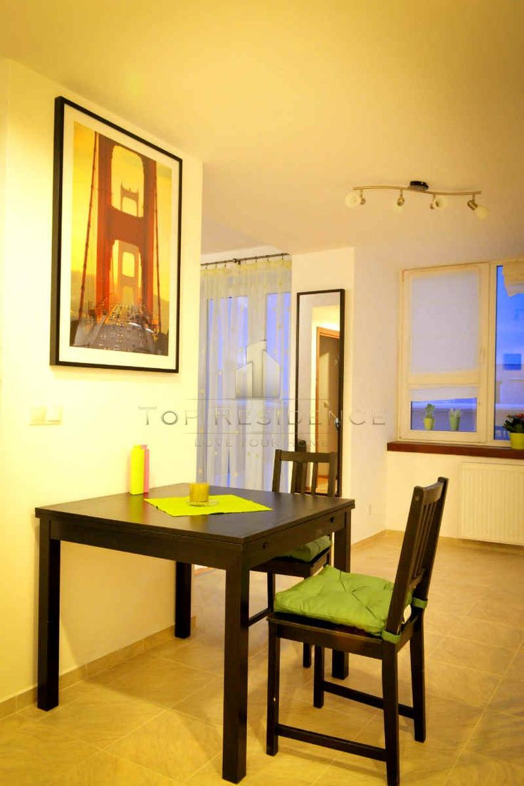 Dining area in small apartment from Bucharest