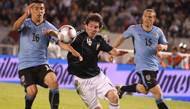 El partido Argentina vs Uruguay en vivo  pueden verlo a través de todas las opciones que les dejamos...
