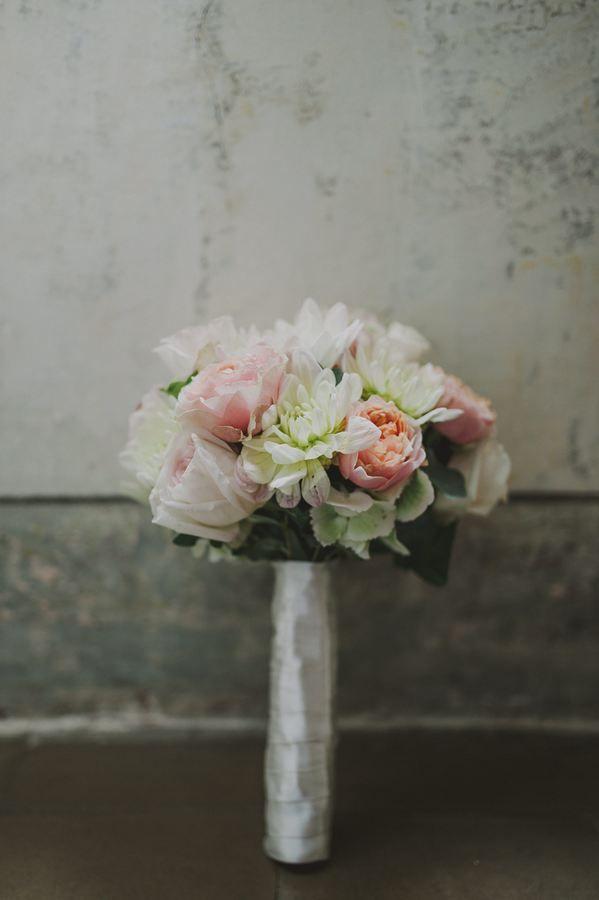 Lake Como Bridal Bouquet #bouquet #flowers #lakecomoweddingsandevents #lakecomo © Gianluca & Mary Adovasio - http://www.gianlucaadovasio.it