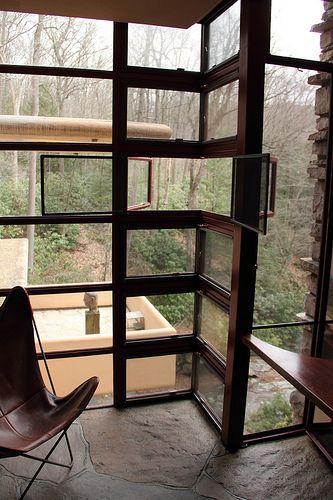 Fallingwater, AKA Kaufmann Residence. Frank Lloyd Wright. 1936-1939, Bear Run, Pennsylvania
