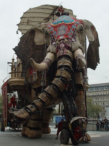 French street theater Royal de Luxe. Mechanical marionette Elephant! Amazing!
