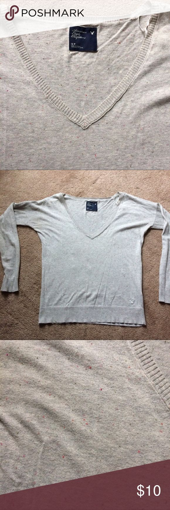 American Eagle lightweight top American Eagle long sleeve lightweight 100% cotton top. Gray with confetti looking spots throughout. Super cute, size small American Eagle Outfitters Tops