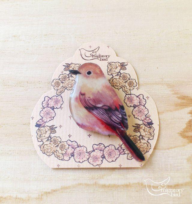ハンドメイドマーケット minne(ミンネ)| 小鳥のブローチ