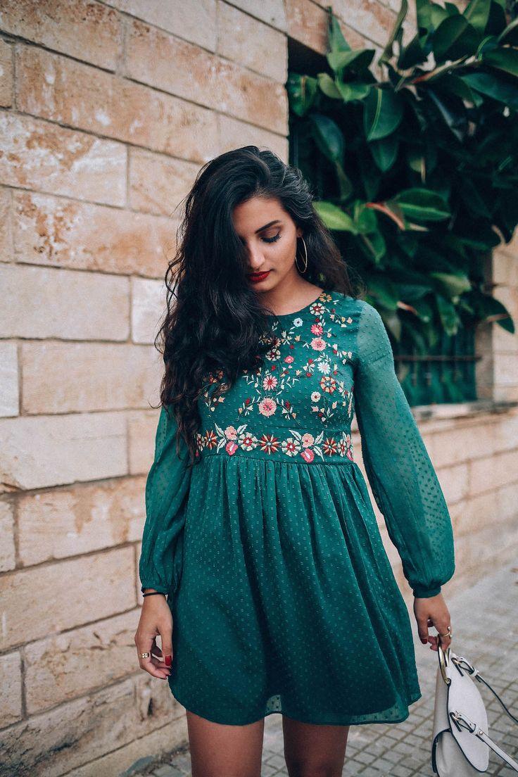 besticktes-Kleid-merna-mariella-fashion-blogger