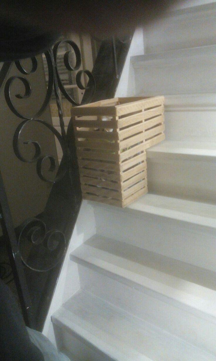 25 beste idee n over trap mand op pinterest familie berichtencentrum binnenkomst organisatie - Trap ijzer smeden en hout ...