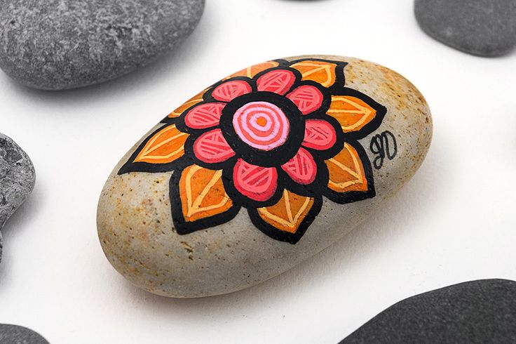 Hand Painted Flower Stone | Pink and Orange Stone Painting | Rock Art by Bijoux26Creations on Etsy