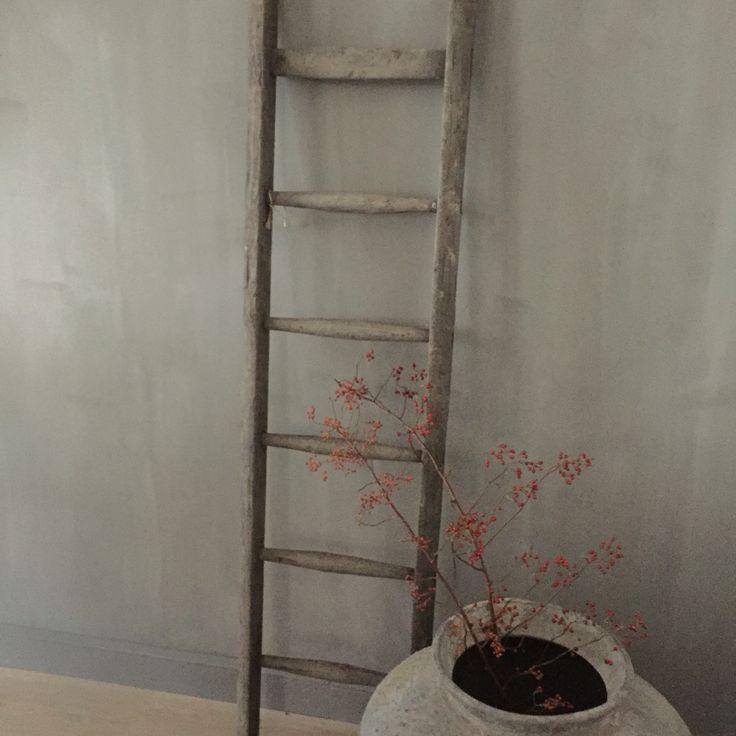 25 best ideas about oude houten ladders on pinterest houten ladder inrichting antieke ladder - Houten interieurdecoratie ...