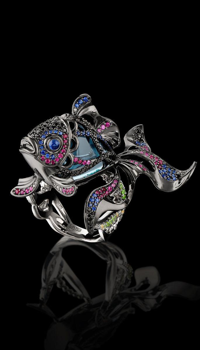 18K gilding gold, London blue topaz, diamond, black diamond, blue sapphires, pink sapphires and demantoid ring