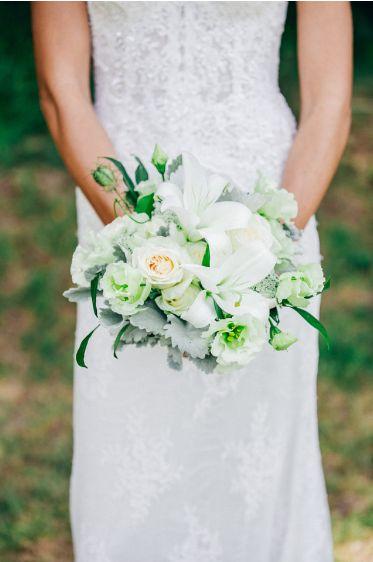 Classic wedding bouquet by Flowers in the Foyer. Photo by ShotbyAngel