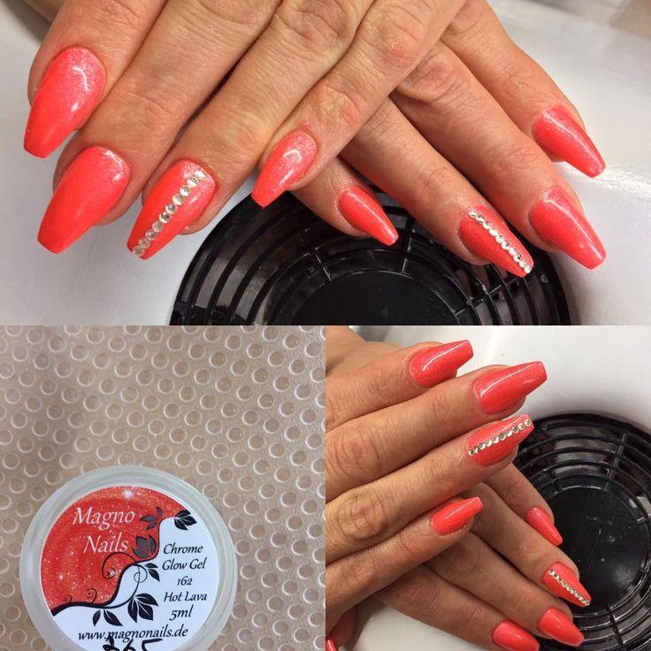 Modellage mit Chrome Glow Gel Hot Lava und Glas Strassteinen Crystal www.magnonails.de #nageldesign #schönenägel #nägel #nagel#nagelmodellage #nagelverlängerung #nagelstudio #maniküre #nagelfee #fingernägel #naildesign #nailart #nagelkosmetik #kosmetikstudio #glitzernägel #gelnägel #acrylnägel #nailstudio #gelnails #nails #nailartist #kosmetik #chromenails #glasnails #nagelvestärkung #nagelpflege #nagelstübchen #schönheitsalon