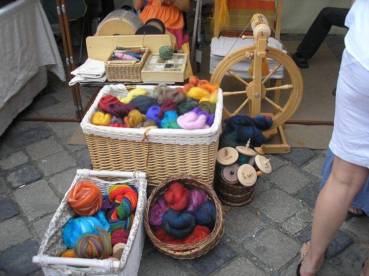 Spinning thread/yarn from fibre