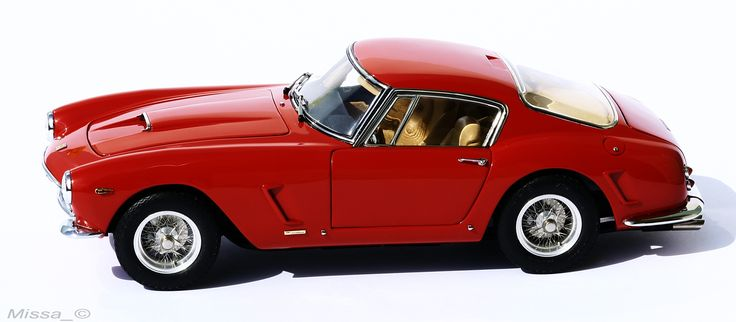 001_CMC_Ferrari_250_GT_Passo Corte_SWB