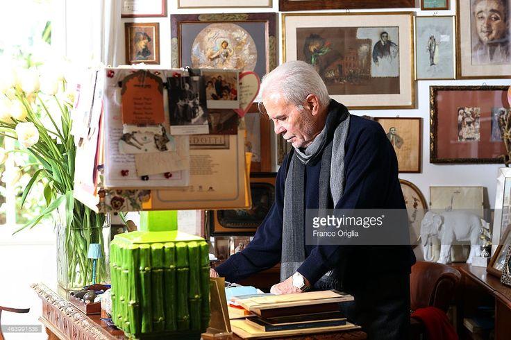 Tirelli CEO Dino Trappetti poses at the Tirelli Atelier on February... Foto di attualità | Getty Images