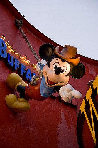 Mickey Mouse, Disney Village - Paris