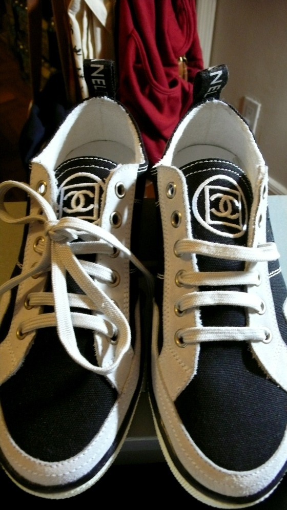 how <3 ! Chanel tennis shoes!