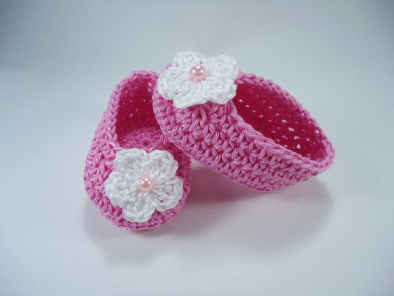 Crochet Baby shoes Ballet Flats Baby shoes Custom by NikitasStore #nikitasstore #crochet #baby #flats #ballerina #shoes