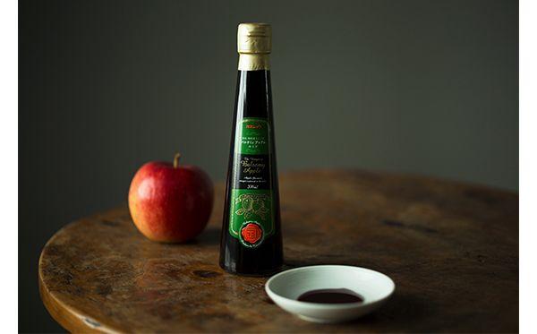 樽で熟成させる濃厚なリンゴ酢。 | CIDRE WALL