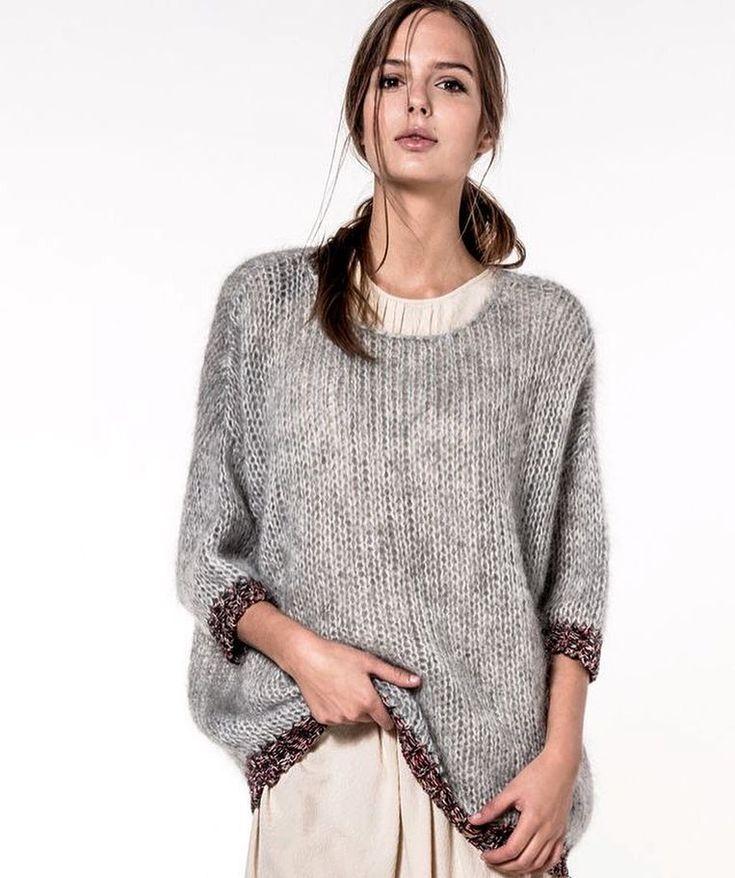 TOLYA #knit #knits #knitted #knitwear #knitting #sweater #knittinglove #knitting_inspiration #knittinglife #inspoknit #instaknit #knitstagram #knitstyle #вязание #вязанаямода #вязаниеспицами #вяжутнетолькобабушки #свитер #модноевязание #стильноевязание