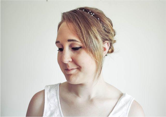 Easy Headband Updo #beauty #beautyblogger #beautyblog #bblogger #bblog #hair #bob #shorthair #hairstyle