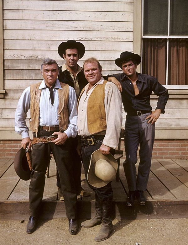 Bonanza - Lorne Greene, Dan Blocker, Michael London, Pernell Roberts