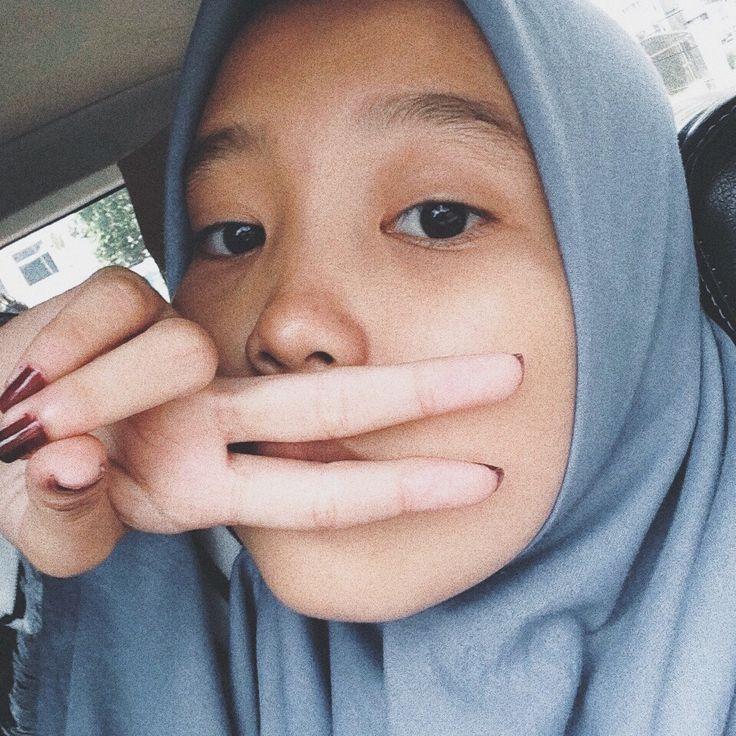 Nude hijab muslim girls selfie pics-5471