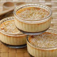 Découvrez la recette flan des îles à la noix de coco sur cuisineactuelle.fr.