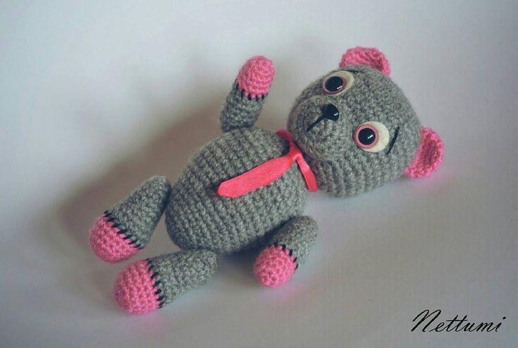 """4 kedvelés, 1 hozzászólás – Anett (@nettumi) Instagram-hozzászólása: """"#amigurumi #crochet #bear #amigurumibear #amigurumitoy #handmade #horgolt #maci #horgoltmaci"""""""