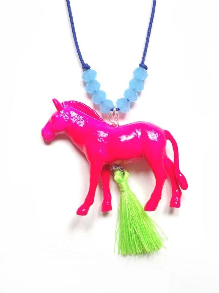 N°673 - Sautoir-collier Cheval Rose fluo : Collier par minipop