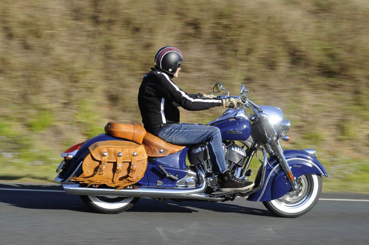Indian Chief Vintage in blue ... favourite colour! http://motorbikewriter.com/indian-chief-classic-vintage-review/